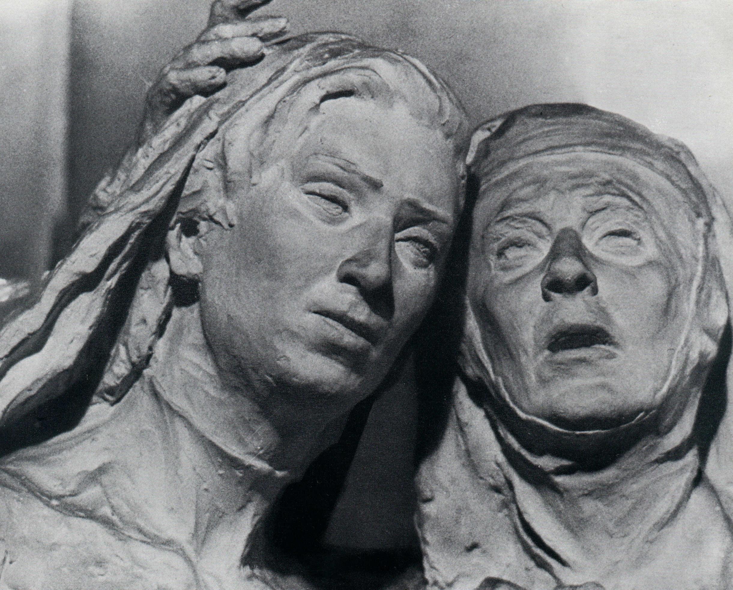 La Credenza Della Nonna Santa Maria Maggiore : Arte scultrice e sculture vita pace centro culturale